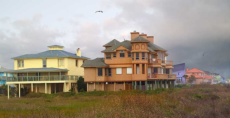 Texas hill country piney woods gulf coast galveston live for Stilt homes for sale