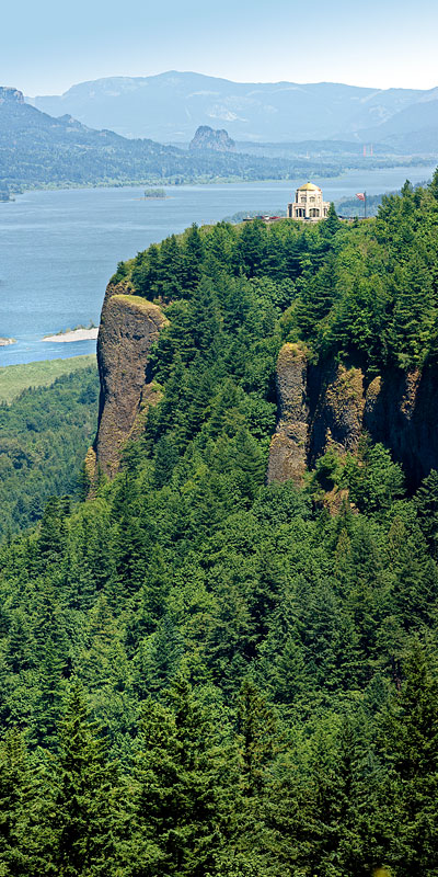 Vertical Panorama from Crown Point in Columbia Gorge, Oregon